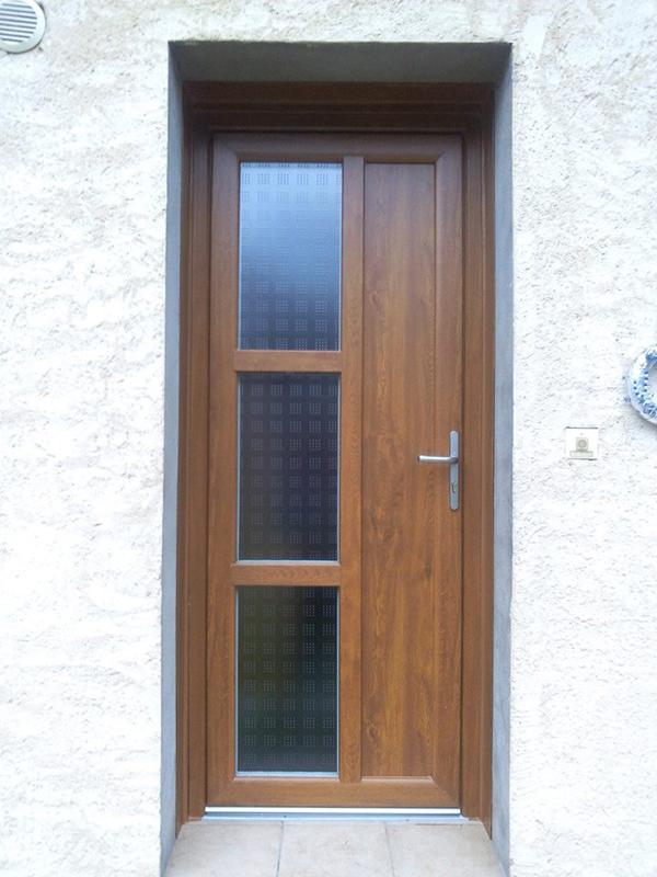 Porte d'entrée chêne - Menuisier Conseil - Confort et Patrimoine