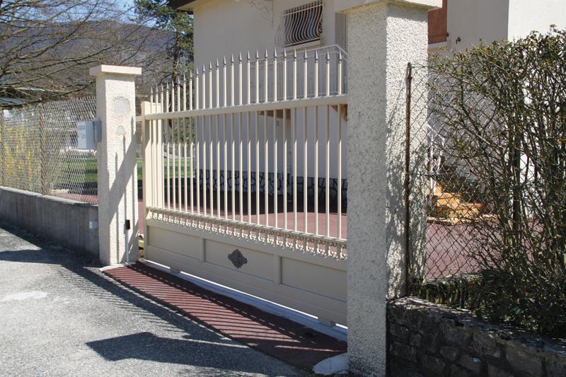 Portails - Confort et Patrimoine | La Baronnie, 73330 Pont de Beauvoisin | Les Echelles | Menuiseries extérieures